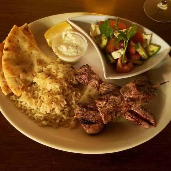 Beef Souvlaki Plate*