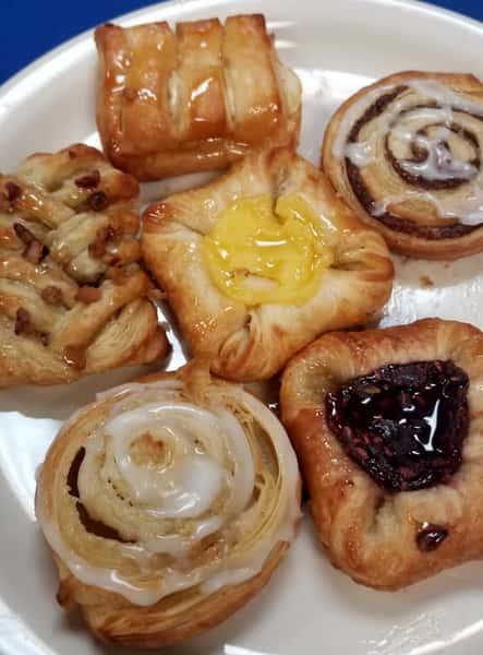 Continental Breakfast (minimum 10)