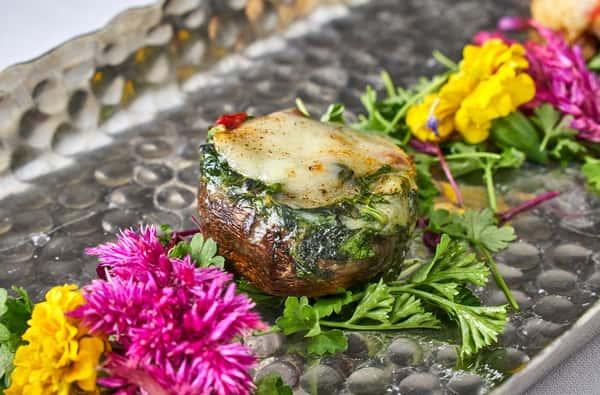 spinach & cheese stuffed mushrooms