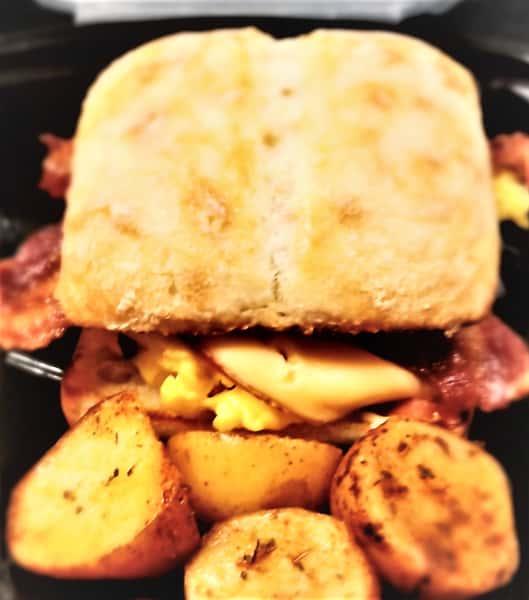 Bacon, Egg, and Gouda Breakfast Sandwich