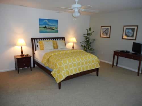 7 Bedroom Queen 1
