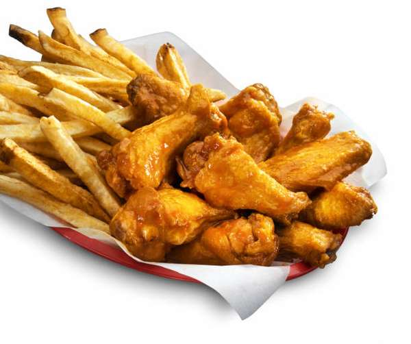 6 Chicken Wings & French Fries