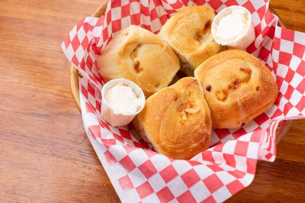 Homemade Garlic and Cheese Rolls
