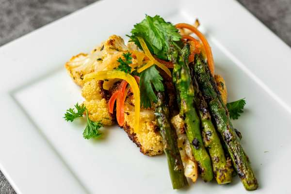 Roasted Asparagus & Cauliflower