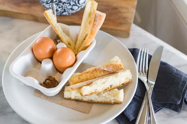 Cocotte Eggs & Salad 🇫🇷