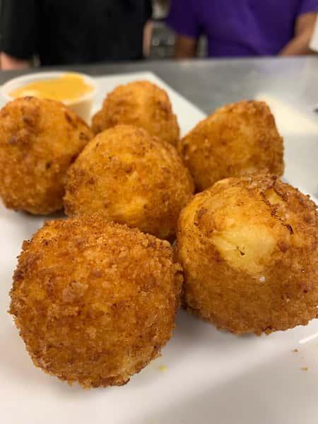 Mac 'N Cheese Balls