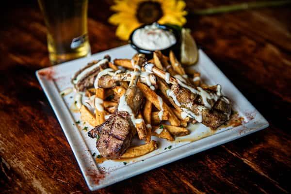 Lamb Chops W/House Cut Fries & Garlic Aioli