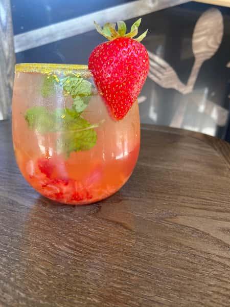 Strawberry Lemonade Mojito