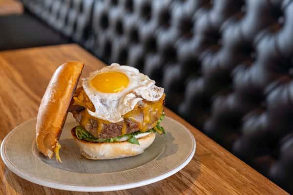 Morning Glory Cheeseburger