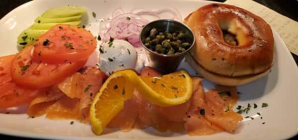 Smoked Salmon & Bagel