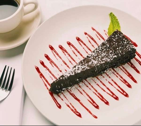 FLOURLESS CHOCOLATE TORTA