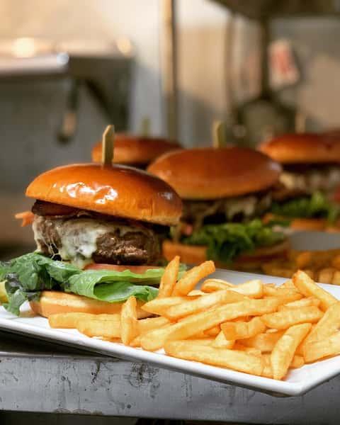 *Montreal Burger