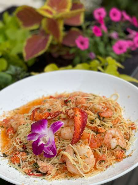 Lobster & Shrimp Scampi