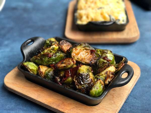 ROASTED BRUSSEL SPROUTS & BACON