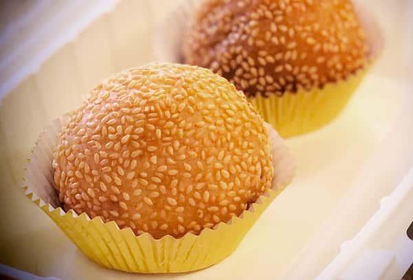 Gin Dui - Sesame Seed Dumpling (2 pcs)
