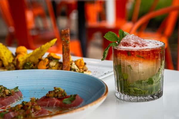 ahi tuna and tropical cocktail