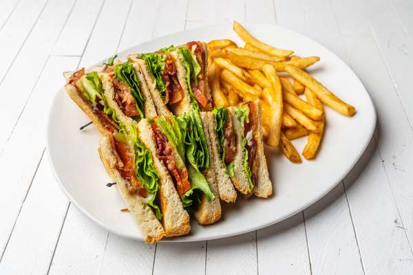 Tavern BLT Club