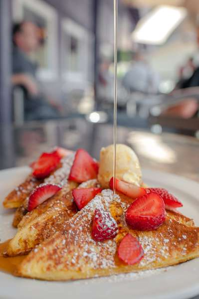 French Toast & Strawberries