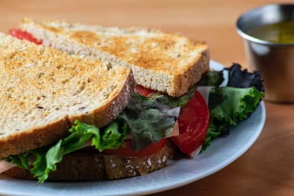Sandwich Lettuce and Tomato