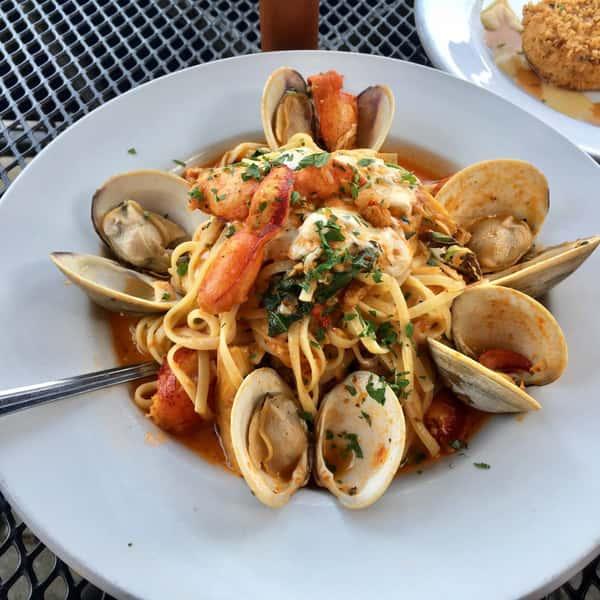 mussels dinner