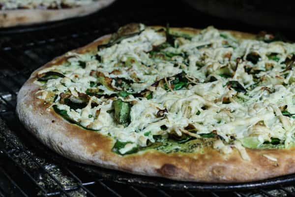 """12"""" Pesto Pizza"""