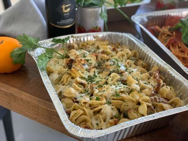 tray of tortellini