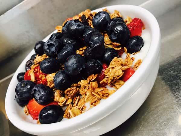 All-Natural Yogurt Parfait