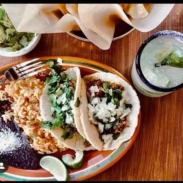 taco platter w/ drink