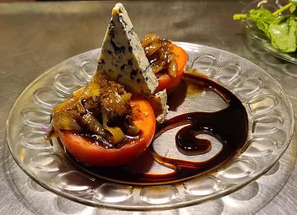 Beefsteak Tomatoes & Danish Blue Cheese