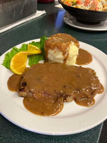Sr. Meatloaf Dinner