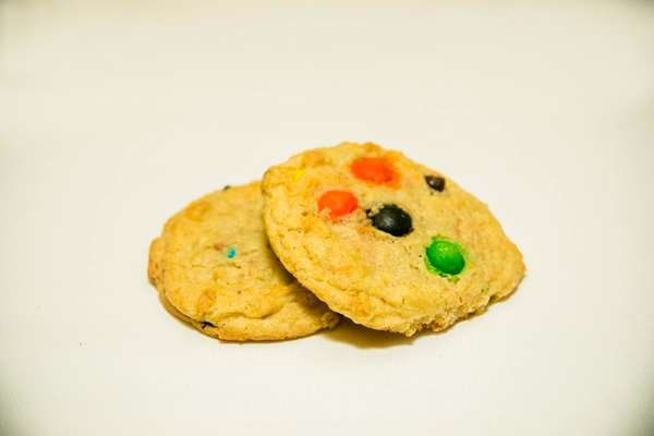 M &M Cookies