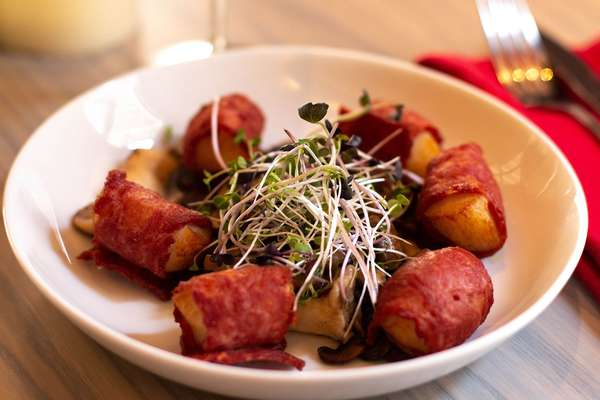 duck bacon wrapped scallops
