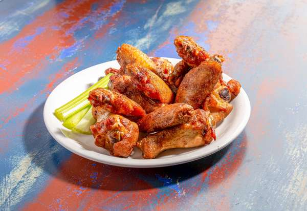 Steamboat Smoked Wings
