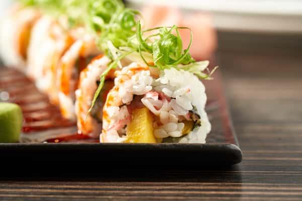Crab + Mango Roll