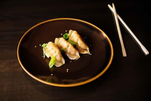 Chicken Gyoza (Dumpling)