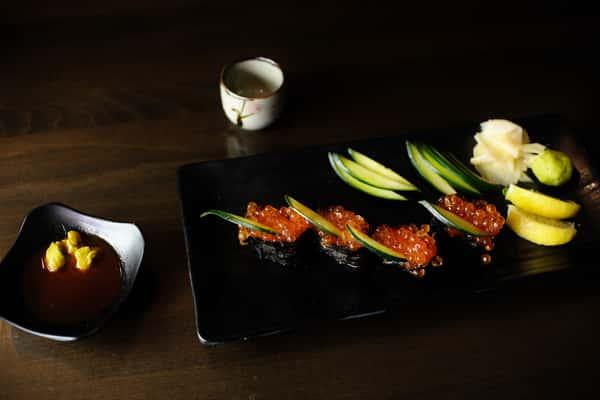 Ikura Gunkan (Salmon Roe)