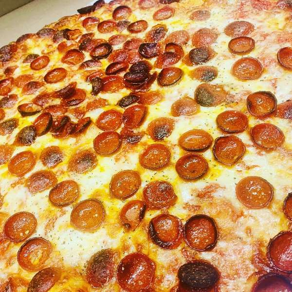 10 Large 1 Topping Pizzas
