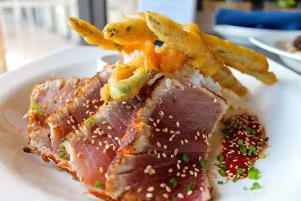 Seared Yellowfin Ahi Tuna*