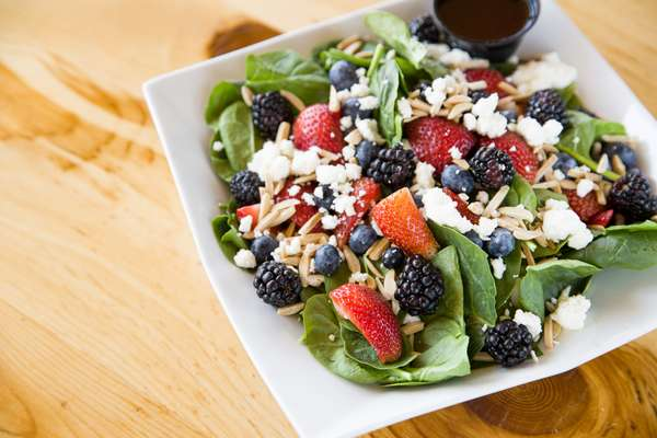 Spinach & Berries Salad