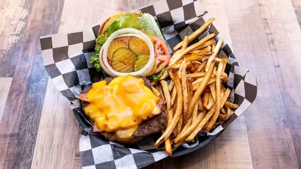 cheeseburger with bacon