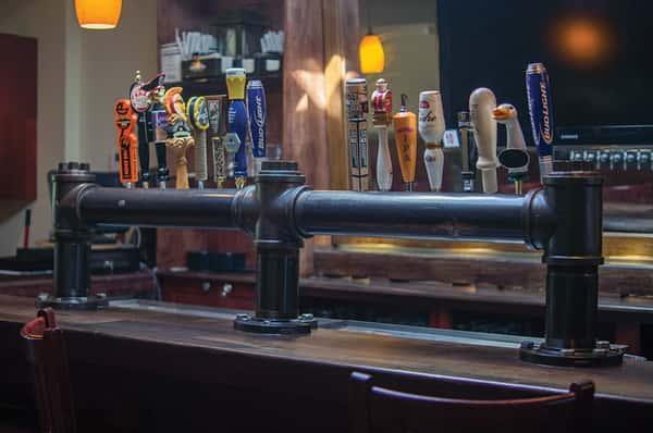 drafts upstairs bar
