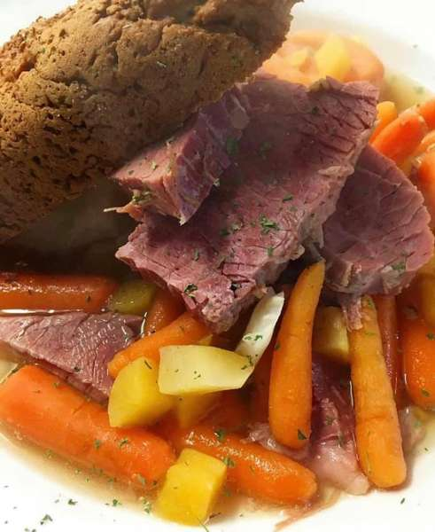 corn beef and vegetables