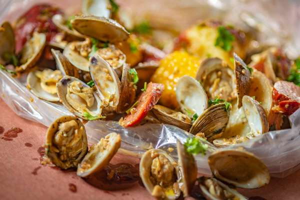 CLAMS WITH CILANTRO LIME SAUCE