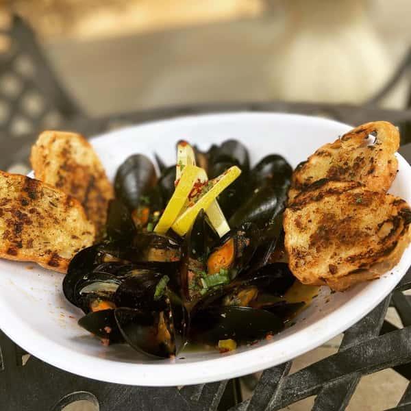 Don's Drunken Mussels