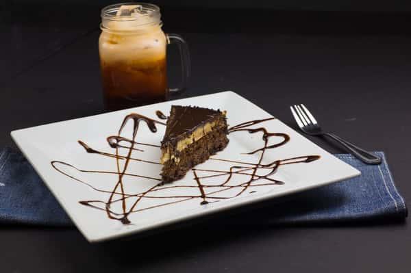 CHOCOLATE TEMPTATION CAKE