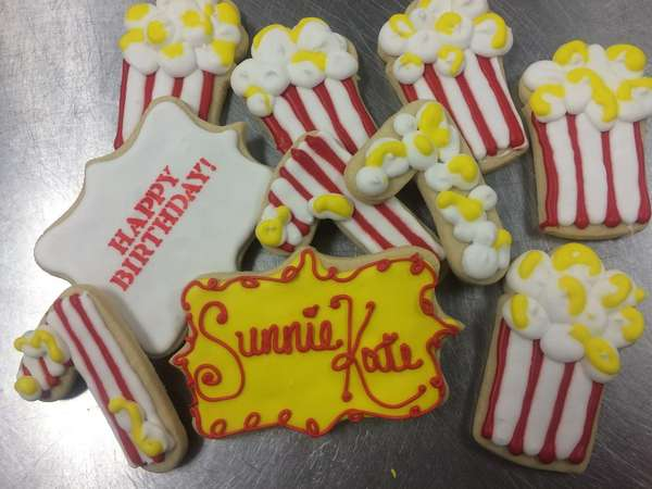 Popcorn decorated sugar cookies