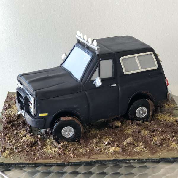 jeep party cake