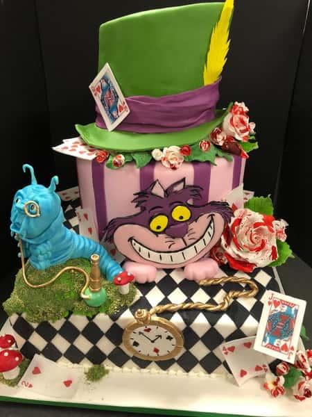 themed wedding cake - Alice in Wonderland