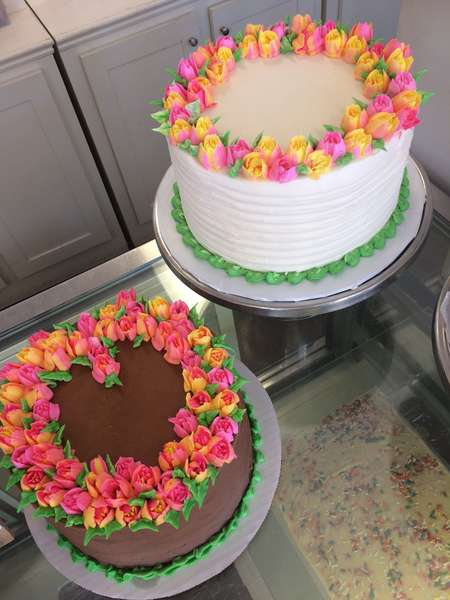 tulip party cakes