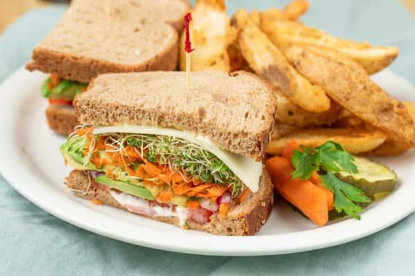 Avocado & Friends Sandwich